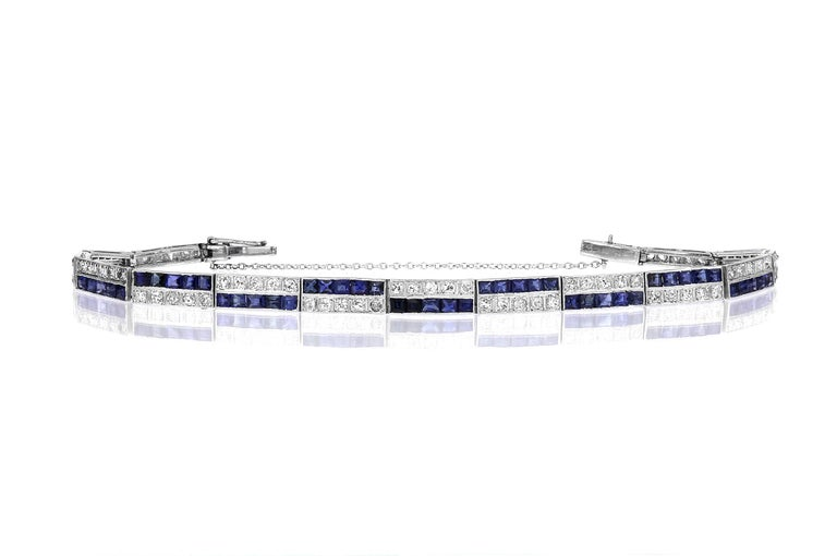Antique Victorian Diamonds and Sapphire Two-Tier Line Bracelet Set in Platinum In Excellent Condition For Sale In London, GB
