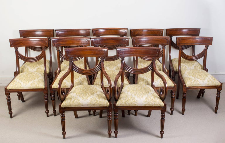 Antique Victorian Dining Table and 12 Chairs 19th Century 9
