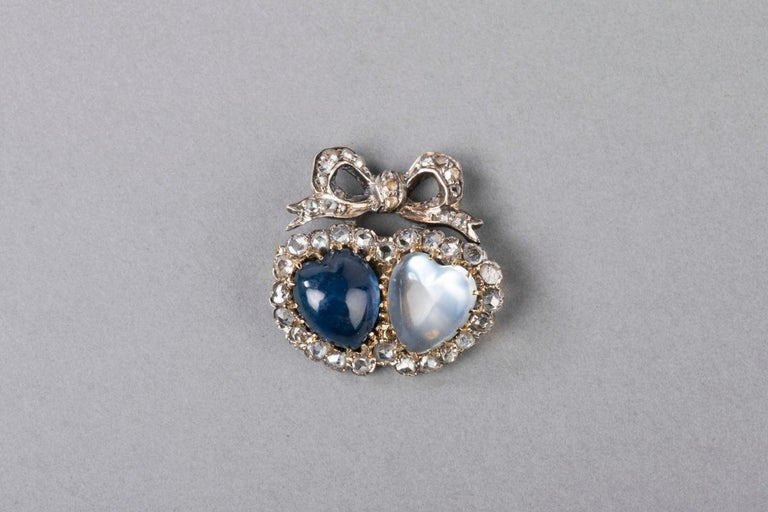Very beautiful antique jewel. 19th century