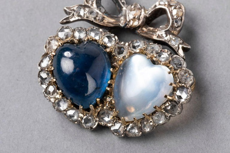 Antique Victorian Double Hearts Sapphire and Moon Stone Brooch For Sale 1
