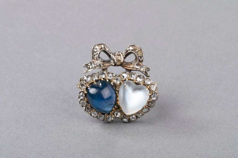 Antique Victorian Double Hearts Sapphire and Moon Stone Brooch For Sale 5