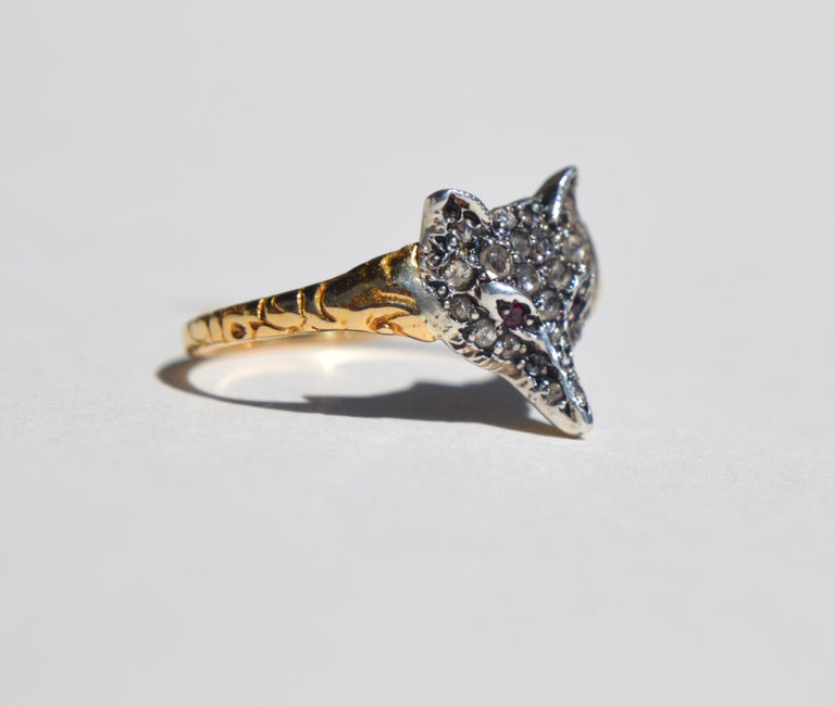 Gorgeous English origin Victorian era late 1800s 18K yellow gold with sparkling rosecut diamonds and natural ruby fox ring. Size 8.5, can be resized. Ring is unmarked but has been tested as solid 18K gold. Face of fox measures 12 x 13mm.