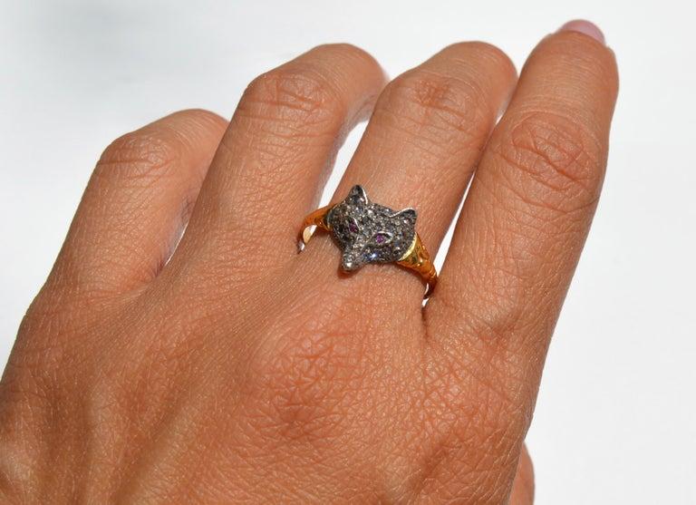 Antique Victorian Era Rosecut Diamond Ruby Fox 18 Karat Gold Ring For Sale 2