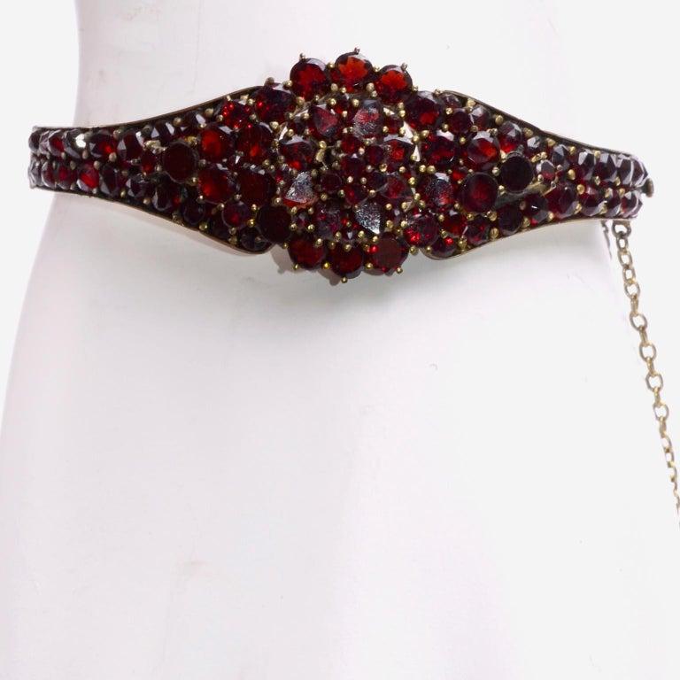 Antique Victorian Garnet Hinged Clamper Bracelet For Sale 2