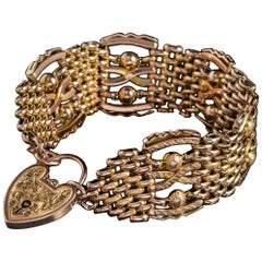 Antique Victorian Gate Bracelet 9 Carat Rose Gold Heart Padlock, circa 1880