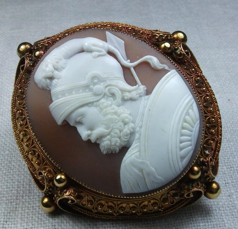 Antique Victorian God Mars Shell Cameo Pendant Brooch In Excellent Condition For Sale In London, GB