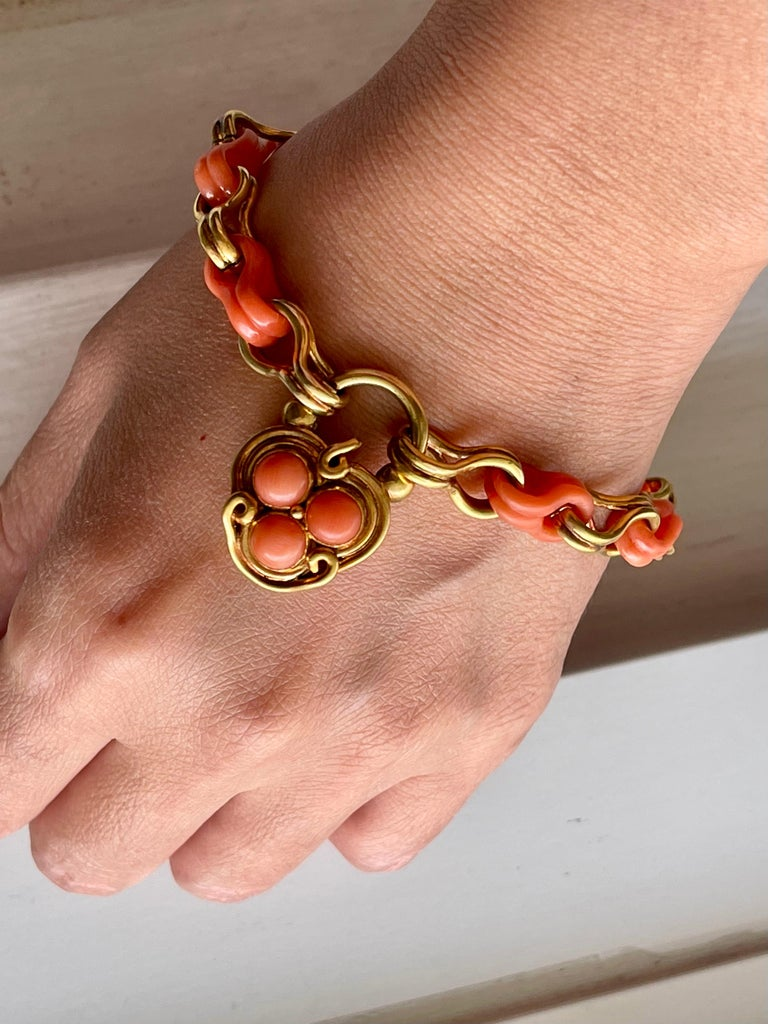 Women's or Men's Antique Victorian Gold and Coral Link Bracelet with Padlock Clasp For Sale