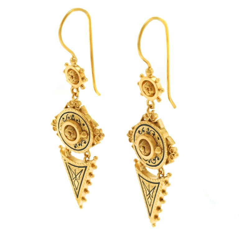Antique Victorian Gold Earrings In Good Condition In Litchfield, CT