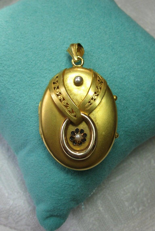 Women's Antique Victorian Gold Locket 16 Karat Etruscan Pearl, circa 1860 For Sale
