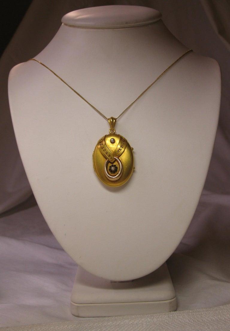 Antique Victorian Gold Locket 16 Karat Etruscan Pearl, circa 1860 For Sale 1