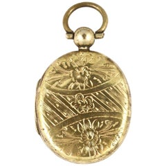 Antique Victorian Gold Plated Hand Engraved Locket with Photograph