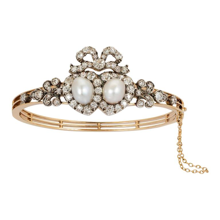 Antique Victorian Heart-Motif Natural Pearl and Diamond Bangle Bracelet For Sale