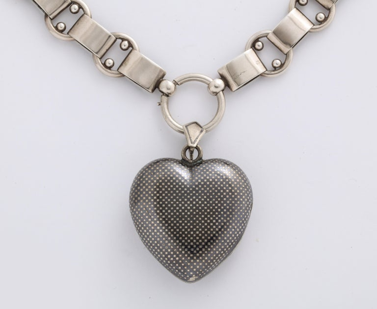 Antique Victorian Large Niello Heart Locket and Chain For Sale 2