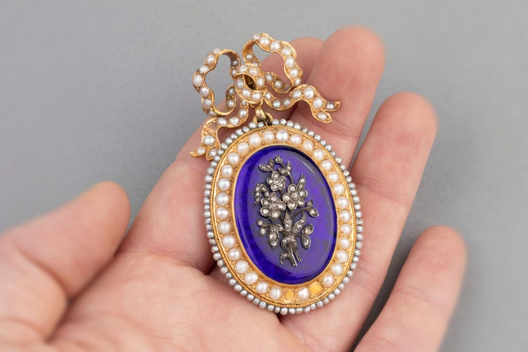 Antique Victorian Locket, Gold Enamel and Pearls For Sale 7