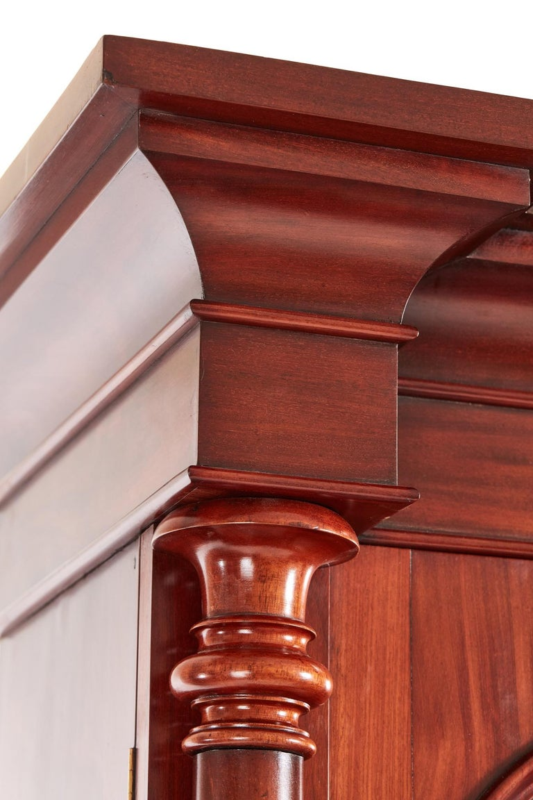 Antique Victorian Mahogany Bookcase In Excellent Condition For Sale In Norwich, GB