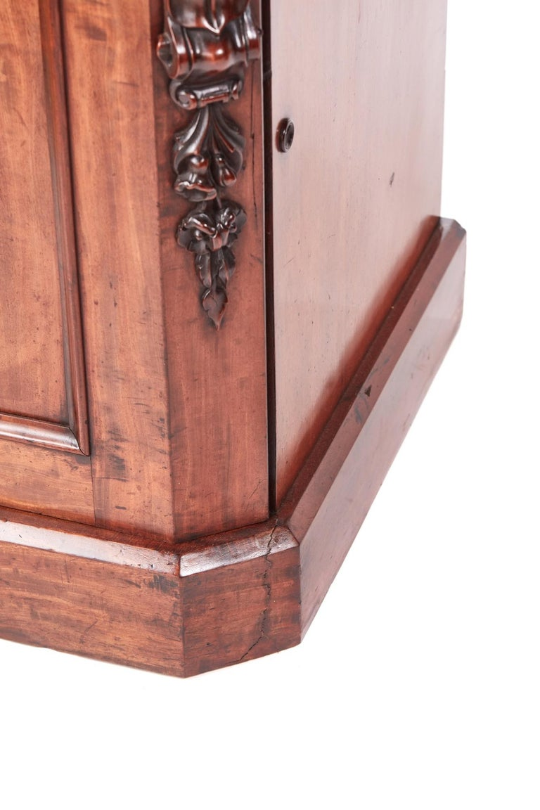 Antique Victorian Mahogany Sideboard For Sale 6