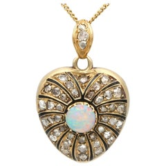 Antique Victorian Opal and 1.43 Carat Diamond Yellow Gold Locket