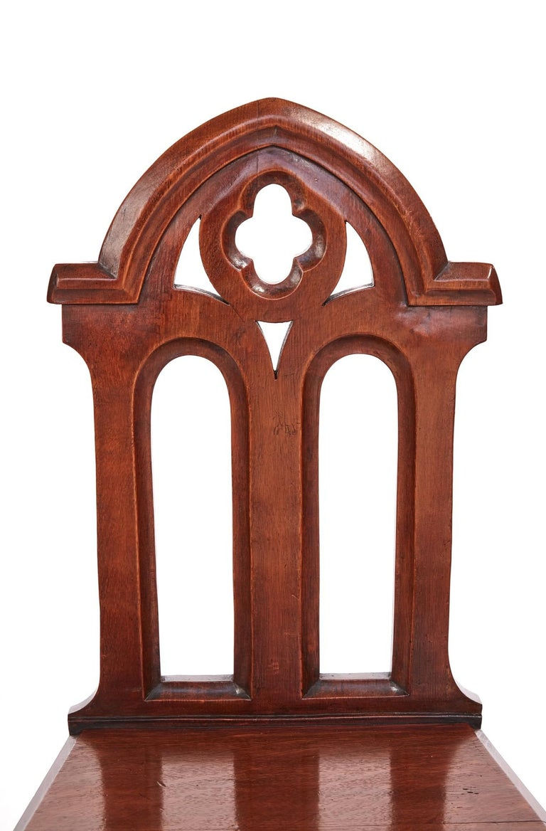 European Antique Victorian Quality Pair of Oak Gothic Hall Chairs For Sale