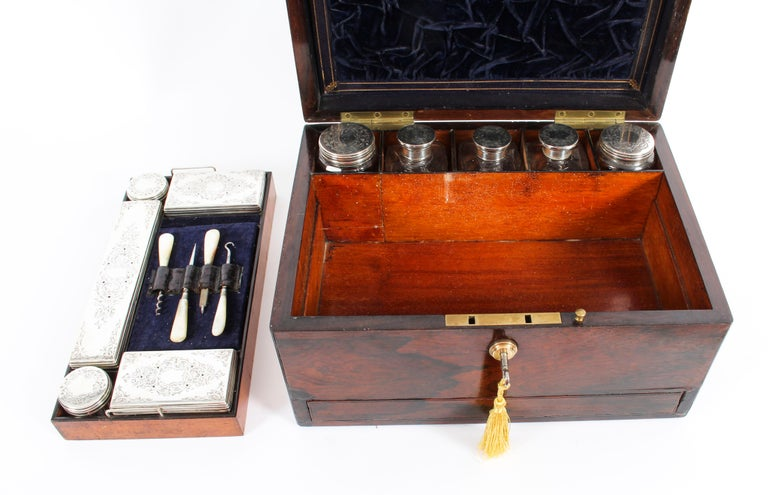 Victorian Rosewood & Sterling Silver Travelling Dressing Case 1861, 19th Century For Sale 11