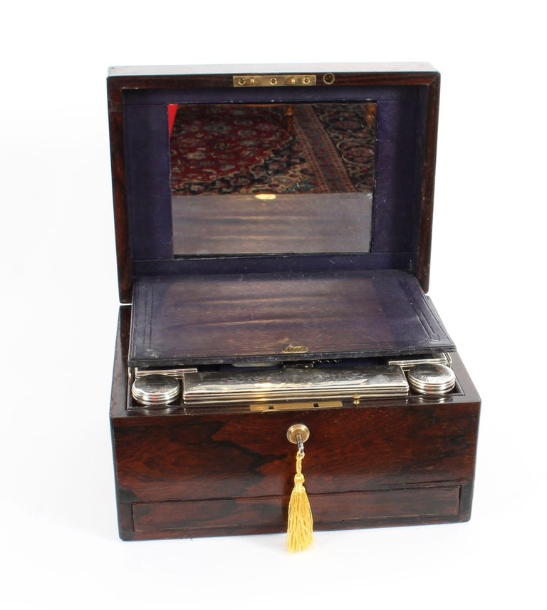 Victorian Rosewood & Sterling Silver Travelling Dressing Case 1861, 19th Century For Sale 14