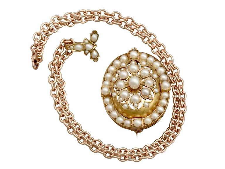 Antique Victorian Seed Pearl and Yellow Gold Pendant Brooch For Sale 3