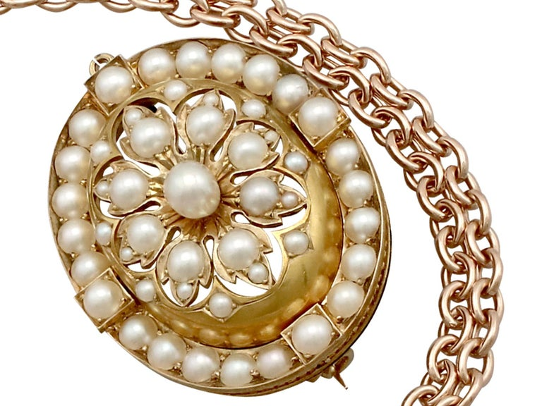 Antique Victorian Seed Pearl and Yellow Gold Pendant Brooch For Sale 4