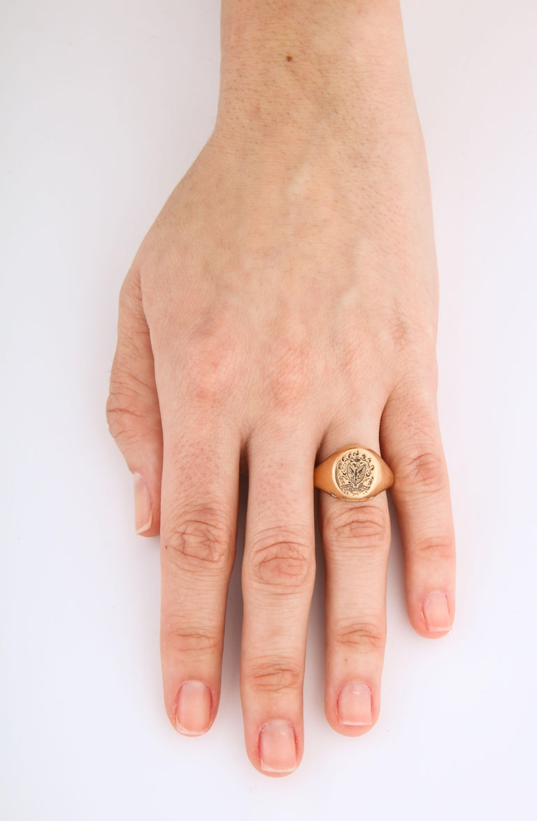 Antique Victorian Signet Ring with Hidden Key Attached For Sale 3