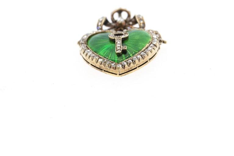 Antique Victorian Silver Gold Diamond Guilloche Green Enamel Heart Pendant In Good Condition In New York, NY