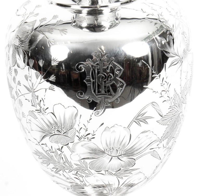 Antique Victorian Silver Plate Claret Jug by Atkin Brothers, 19th Century In Good Condition For Sale In London, GB