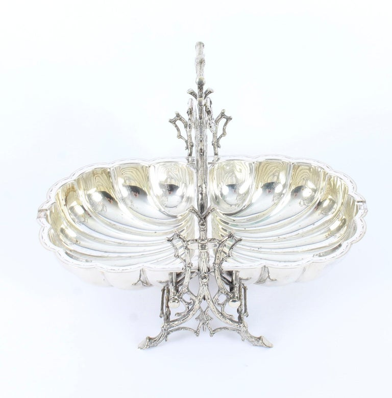 Victorian Silver Plated Shell Folding Biscuit Box by Elkington, 19th Century For Sale 8