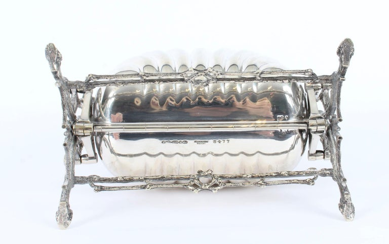 Victorian Silver Plated Shell Folding Biscuit Box by Elkington, 19th Century For Sale 12