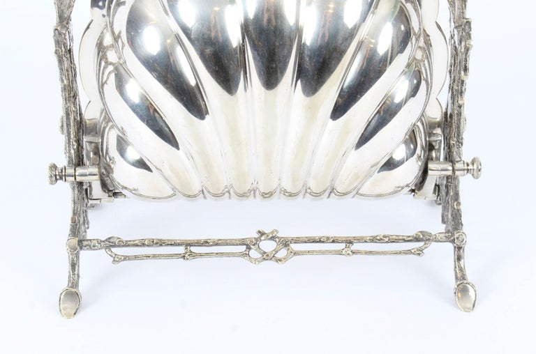 Victorian Silver Plated Shell Folding Biscuit Box by Elkington, 19th Century In Good Condition For Sale In London, GB
