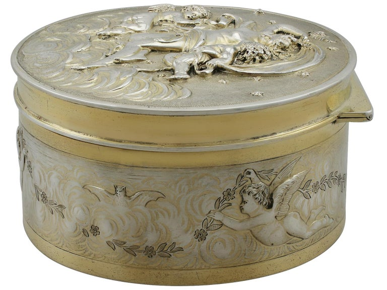 Antique Victorian Sterling Silver and Gilt Box For Sale 1