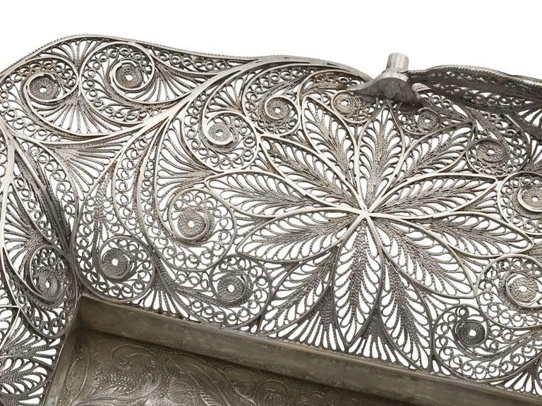 Mid-19th Century Antique Victorian Sterling Silver Bon Bon Basket, 1842 For Sale