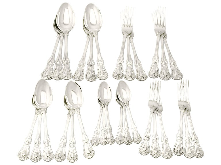 Antique Victorian Sterling Silver Canteen of Cutlery for Six Persons For Sale 8