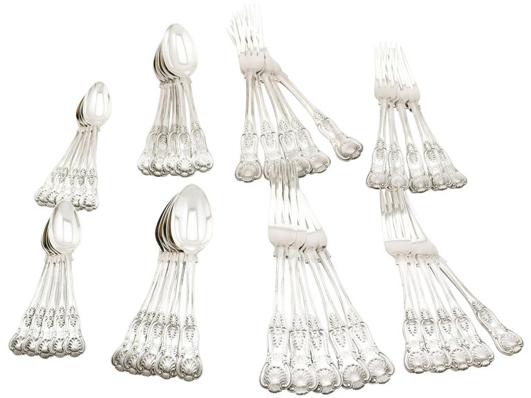 Antique Victorian Sterling Silver Canteen of Cutlery for Ten Persons For Sale 7