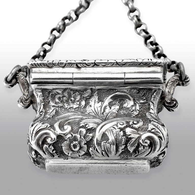 Mid-19th Century Antique Victorian Sterling Silver Castle-Top Vinaigrette Crystal Palace For Sale
