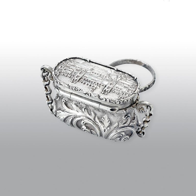 English Antique Victorian Sterling Silver Castle-Top Vinaigrette Windsor Castle For Sale