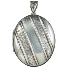 Antique Victorian Sterling Silver Ivy Locket, circa 1880