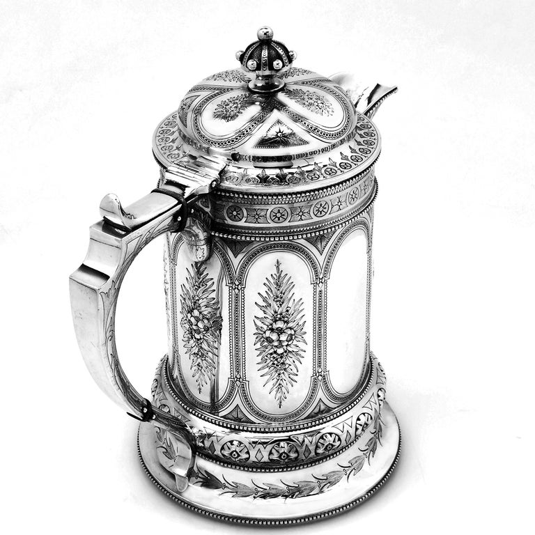Antique Victorian Sterling Silver Jug / Flagon / Ewer 1869 In Good Condition In London, GB