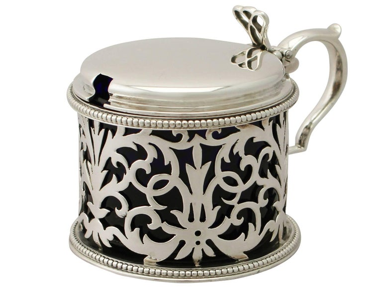 Antique Victorian Sterling Silver Mustard Pot by Edward & John Barnard In Excellent Condition For Sale In Jesmond, Newcastle Upon Tyne