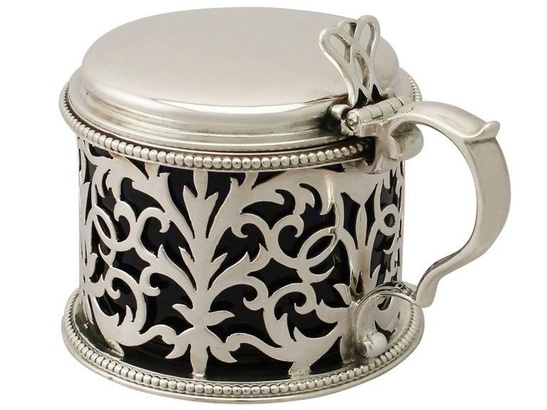 Mid-19th Century Antique Victorian Sterling Silver Mustard Pot by Edward & John Barnard For Sale