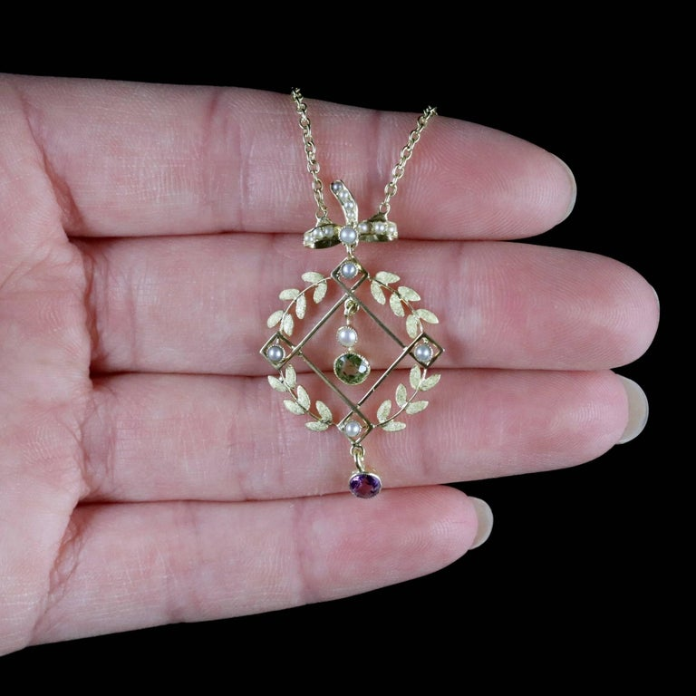 Antique Victorian Suffragette Necklace 15 Carat Gold Pendant, circa 1900 For Sale 6
