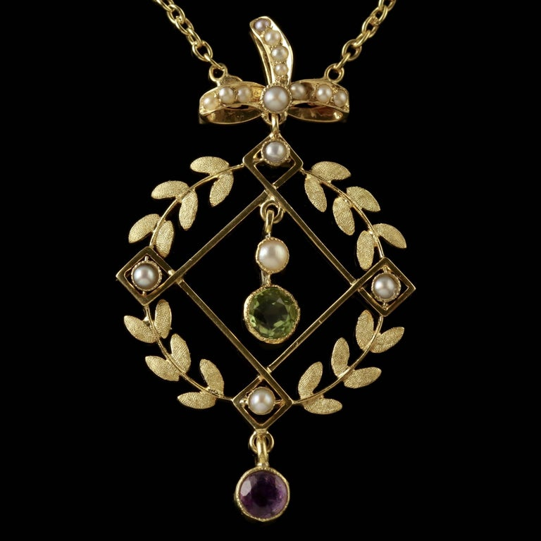 Antique Victorian Suffragette Necklace 15 Carat Gold Pendant, circa 1900 In Excellent Condition For Sale In Lancaster, Lancashire