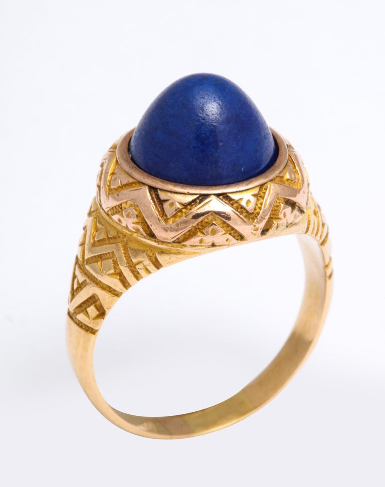 Women's or Men's Antique Victorian Sugarloaf Lapis Lazuli Ring For Sale