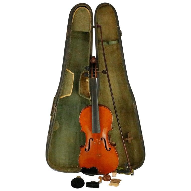 Antique Victorian Tiger Maple Violin and Case, Salvatore Durro, 19th Century For Sale
