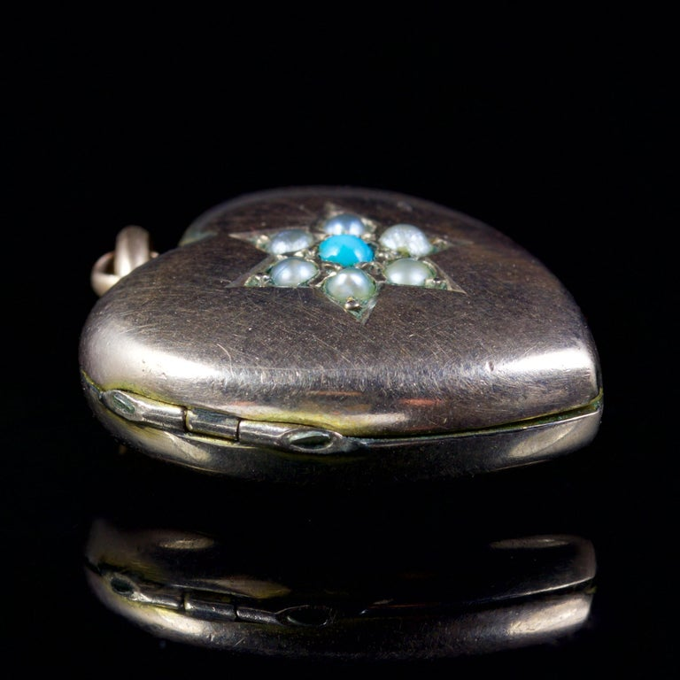 Antique Victorian Turquoise Pearl Heart Locket Gold, circa 1900 For Sale 1