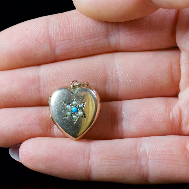 Antique Victorian Turquoise Pearl Heart Locket Gold, circa 1900 For Sale 3