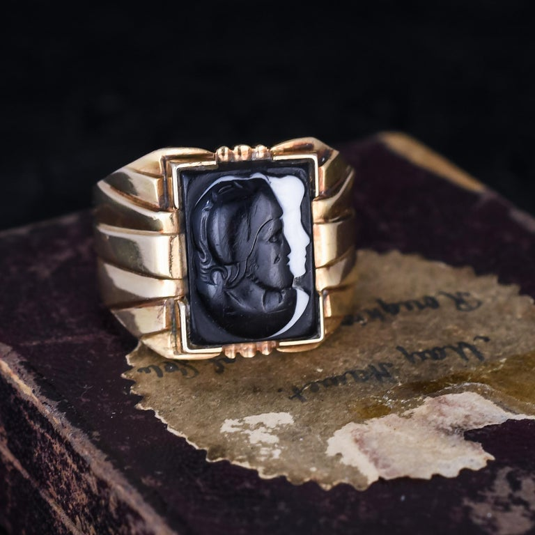 Antique Victorian Venus Mars Onyx Cameo Signet Ring For Sale 1