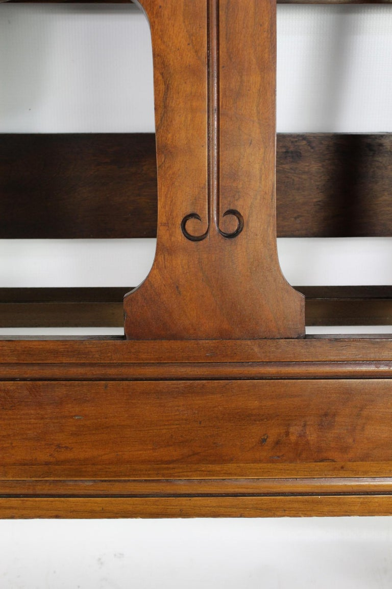 Antique Victorian Walnut Arts & Crafts Double Bed, Full Size English Bedstead For Sale 5